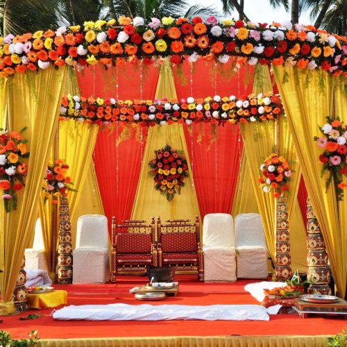 indian-wedding-flower-arrangements-Wedding-Flower-Decorations